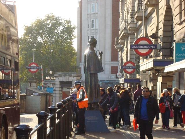 Sherlock Holmes statue, Baker Street